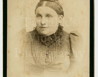 Cabinet Card Photo Victorian Old Lady Portrait by Baker of Commercial Road E. England
