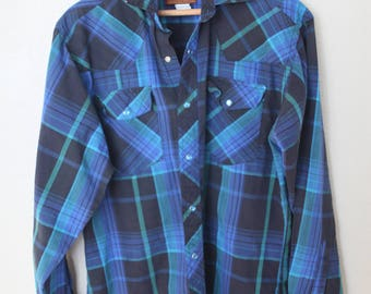 vintage 1970's western cut plaid black & blue pearl snap button up shirt