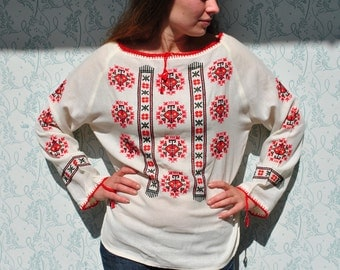 Peasant blouse, peasant top, embroidered shirt, embroidered blouse, handmade embroidery, white red embroidery, traditional blouse, fok art