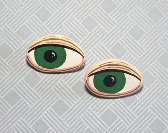 Collar Brooch / Pin * HANDMADE and UNIQUE 2 pcs Green EYES