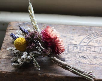 Buttonhole - Vintage Country - Dried Flowers