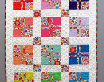 "Baby Quilt ""Peek-A-Boo Posies"" Disappearing 4 Patch 35"" x 45"""