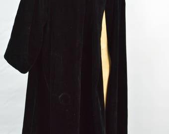 1950's Black Velvet Evening Coat, 1950s Swing Coat, 50s Black Velvet Opera Coat, Evening Coat 1950s Coat, 1950s Evening Coat, Princess Coat