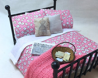 Miniature Dollhouse Duvet Bedding Set - Pretty Pink with White Flower -Queen/Double