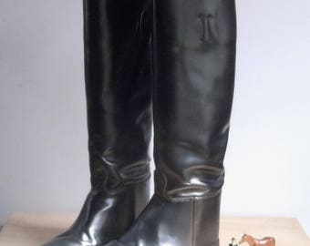 Riding Boots / English Formal Boots Size 8 Tall / All Leather / Broken In with good soles / Attractive Versatile Boots