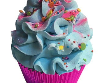 Best Friends Cupcake Bath Bomb