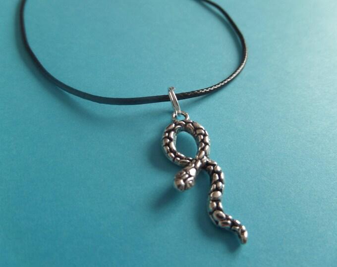 Snake necklace, snake gift, jungle gift, potter necklace, snake jewellery, halloween necklace, party bag favors, novelty gift, sandykissesuk