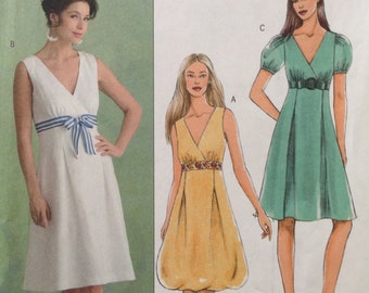 Butterick B5024 - Surplice Bodice Dress with Flared Skirt in Knee Length with Bubble Hem Option - Size 14 16 18 20