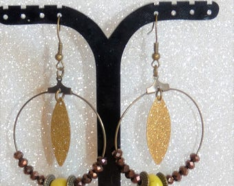 Earrings ' hoop earrings gold/bronze / copper Brown with gold sequin and beads