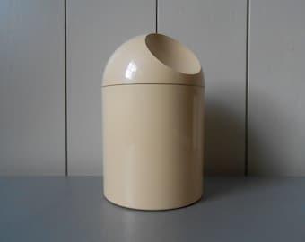 Vintage 1970s GEDY Design Beige Plastic Storage Jar Container. Designed by Makio Hasuike. Made in Italy. Italian Retro Mod Bathroom Bedroom