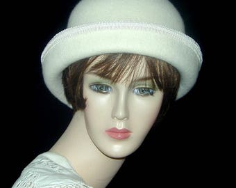 Custom Bowler cloche with velvet- Downton Abbey hat, Miss Fisher, Great Gatsby hat