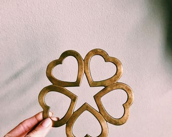 Vintage Brass Heart Trivet Plate / Valentine Decor / Brass Heart-Shaped Footed Trivet