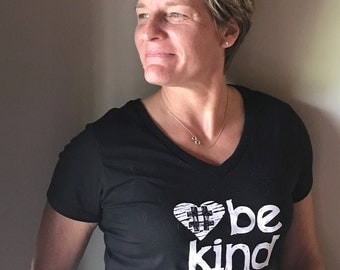 Womens Bekind V-neck T-Shirt