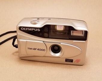 Olympus Trip AF 4000 - includes camera case