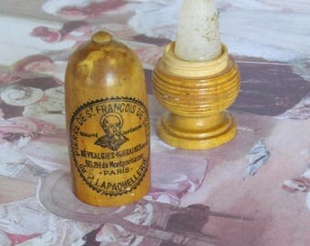 UNUSUAL ! Antique seamstress tool to stop bleeding