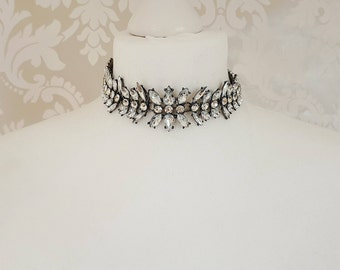 Antique Silver Choker Necklace || Statement Jewellery || Rhinestone Choker