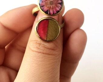 real flower ring, pink flower ring, leaf flower ring, nature jewelry, real dried flower, dried flower ring, dried leaf ring, nature inspired