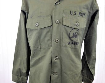 US Navy Seabees Shirt, Vintage Military Green Button Up Shirt Jacket, Men's Large, Embroidered Emblem