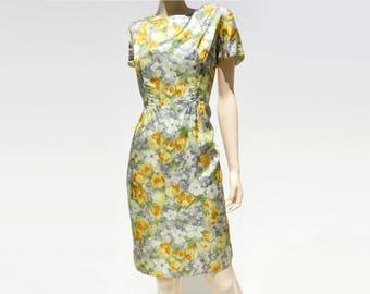 60s Shift Dress Yellow Floral Dress Vintage Shift Dress 1960s Dress 60s Summer Dress 60s Floral Shift Short Sleeve Dress 60s Floral Dress m