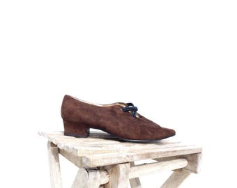 Vintage Flats Size 6 Pointed Toe Flats Low Heel Shoes Brown Suede Shoes Brown Flats Edwardian Style 80s Vintage Shoes Size 6