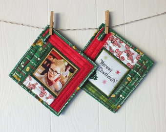 A Christmas Story Pot Holders - Merwwy Chwithmuth