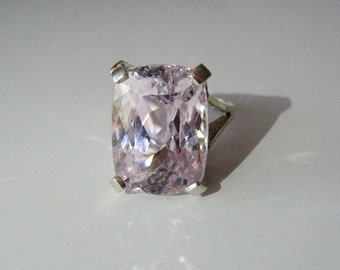 Huge Natural Lavender Pink Kunzite In Sterling Silver Ring, 23.13ct. Size 7.25