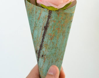 Paper petal cones, turquoise weathered wood print, rose petal toss, confetti cones, wedding favors, ready to ship