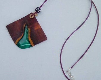 Yew wood and resin necklace