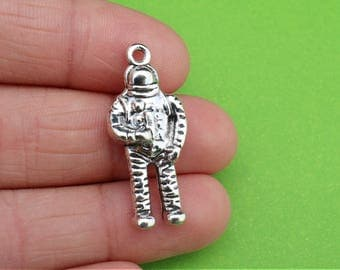 4 Space Astronaut Silver Charms (CH271)