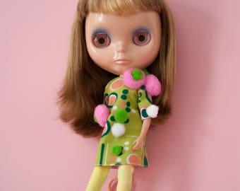 retro kitsch pom pom Blythe doll dress / POMPOMILICIOUS B