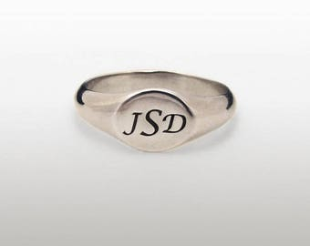 Silver Initial Ring, Personalized Signet ring, Silver signet Ring, Silver name Ring, Silver pinky Ring, ID ring, Engraved Monogram Ring.