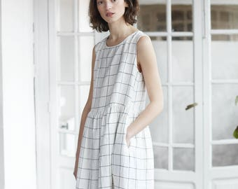 Smock linen dress / Loose linen sleeveless summer dress / Washed and soft linen dress in large checks / Maxi linen dress