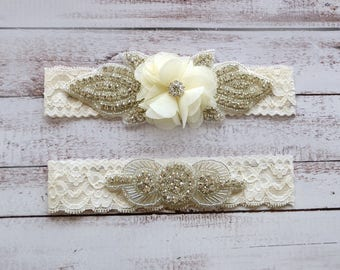 Wedding Garter, NO Slip Lace Wedding Garter Set, bridal garter set, pearl and rhinestone garter set, vintage rhinestones Style A2011
