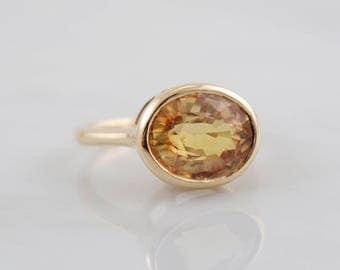 Lisa Eldridge ring, Yellow Sapphire Gemstone Ring, Custom Make 14k Gold Stackable Ring, Gold Ring, Oval Ring, Solid gold ring