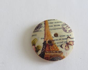 Eiffel Tower patterned Brown and beige wooden button