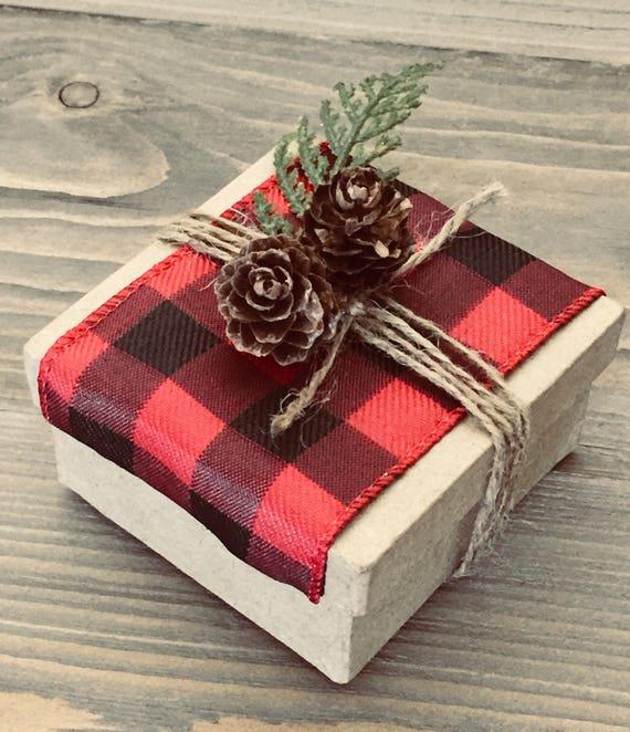 Plaid Box - Plaid Wedding Favor - Plaid Kit - Kit - Wedding Favor - Plaid - Plaid Christmas Gift - Plaid Favor - DIY Kit - Pinecone - Box