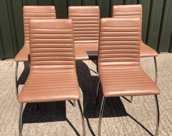 A Set Of 5 Retro Style Italian Designer Dining Chairs
