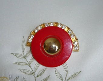 Vintage Art Deco Sunburst Design Gold Tone and Lipstick Red Galalith French Bakelite Brooch Set with Clear Rhinestone Crystals