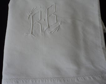 French vintage metis linen bed sheet with  embroidered initials R & B (04865)