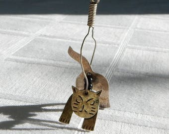 Kinetic Cat Necklace - Moving Cat Pendant  - Alpaca and Bead Cat on Sterling Chain - Kinetic Jewelry, Likely One of a Kind Mexican Necklace