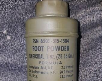 WWII era seaboard Mfg Co Foot Powder