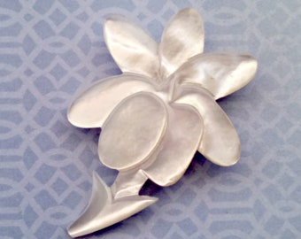 Vintage Brooch, Mother of Pearl Carved Flower Brooch, MOP Pin, 7 Petal Flower, Trombone Clasp, Mid Century, Circa 1940s, Includes Gift Box