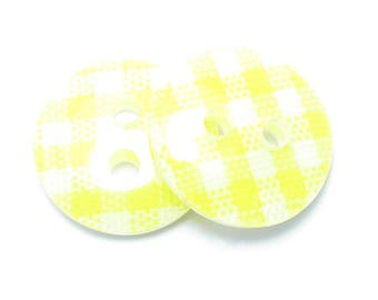 BUTTON 13mm GINGHAM white and yellow 2 loops