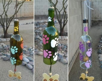Custom dog wind chimes, Pet loss, Dog memorial gift, Sympathy gifts, Windchime, Pick the color of the paws and bottle, Personalize the bone