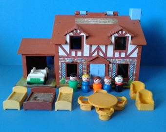 "Fisher Price Little People "" #952 Play Family Tudor House Playset "" 1960's"