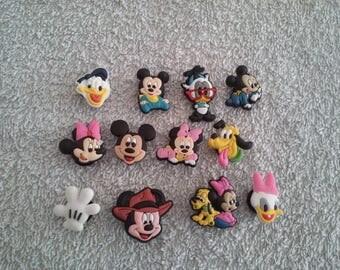 Lot 12 jibbitz Mickey, Minnie... (for fangs badges)