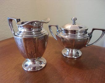 Universal,made in USA,silver plate,matching creamer and sugar bowl,32500,dining and serving,formal,garland motif,swags,tea,shabby chic