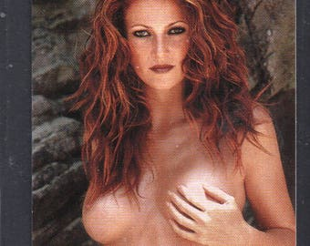 MATURE - Playboy Trading Card 1994 to 1996 update - Celebrity Gold Foil Insert - Angie Everhart #2AE
