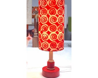 Red & White spiral table lamp