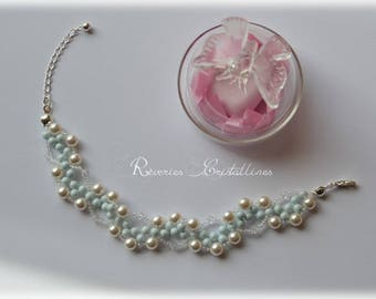 Bracelet blue and white wedding pearl beads and flower - wedding - bridal bracelet, bracelet, wedding jewelry blue jewelry